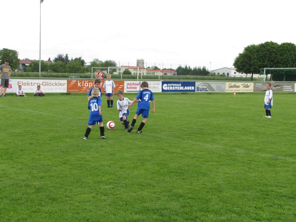 2013_06_15-bambinispieltag-in-neenstetten_12