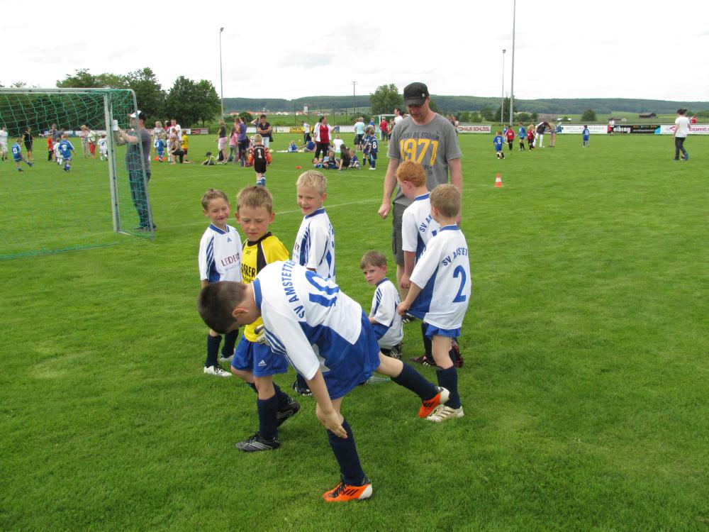 2013_06_15-bambinispieltag-in-neenstetten_41