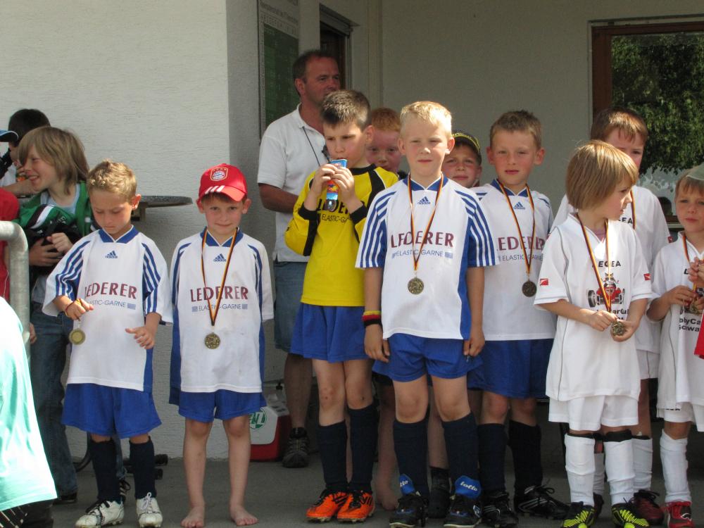2013_06_15-bambinispieltag-in-neenstetten_65