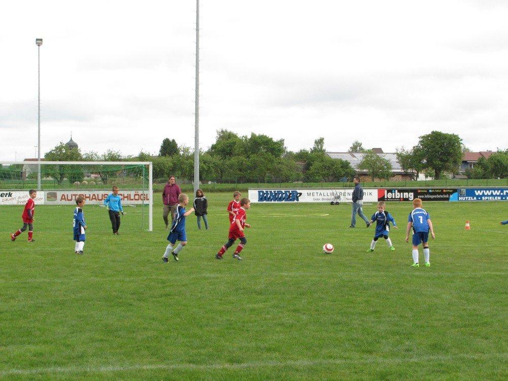 2014_05_24_F-Jugend-Spieltag_FC_Neenstetten_10