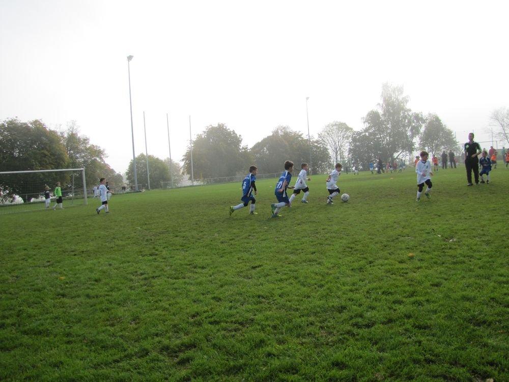 2014_10_18_F-Jugend-Spieltag_Scharenstetten_040