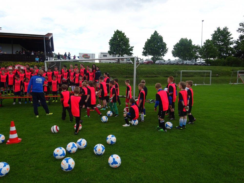 20150601_FussballFerienCamp_Bermaringen_012