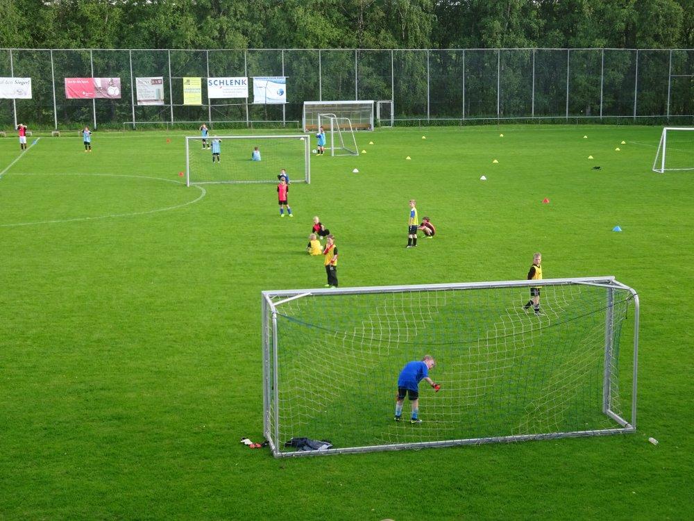 20150601_FussballFerienCamp_Bermaringen_014