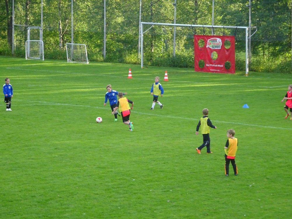 20150601_FussballFerienCamp_Bermaringen_016