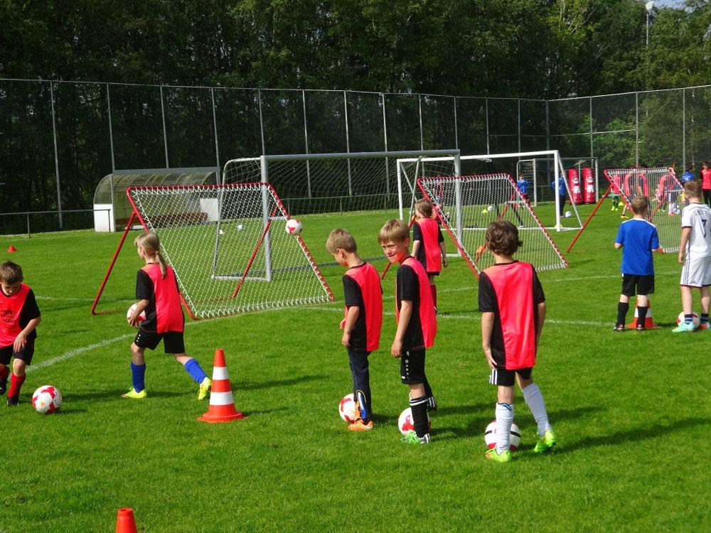 20150601_FussballFerienCamp_Bermaringen_032