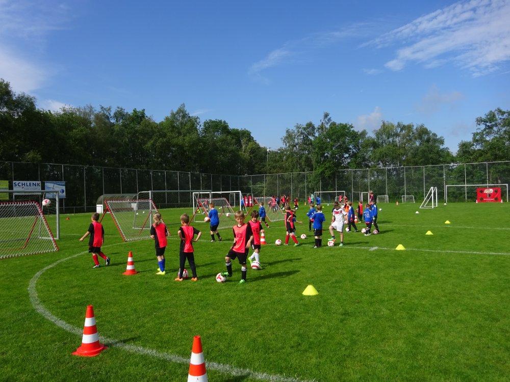 20150601_FussballFerienCamp_Bermaringen_033