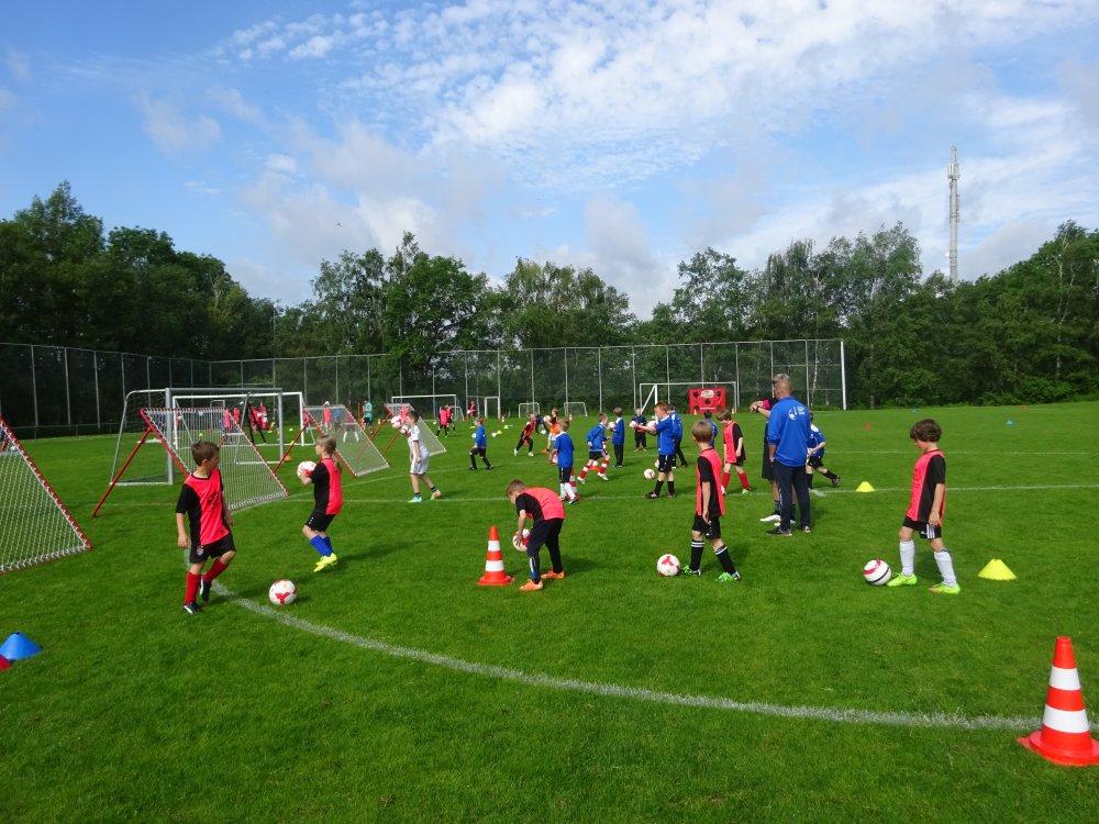 20150601_FussballFerienCamp_Bermaringen_035