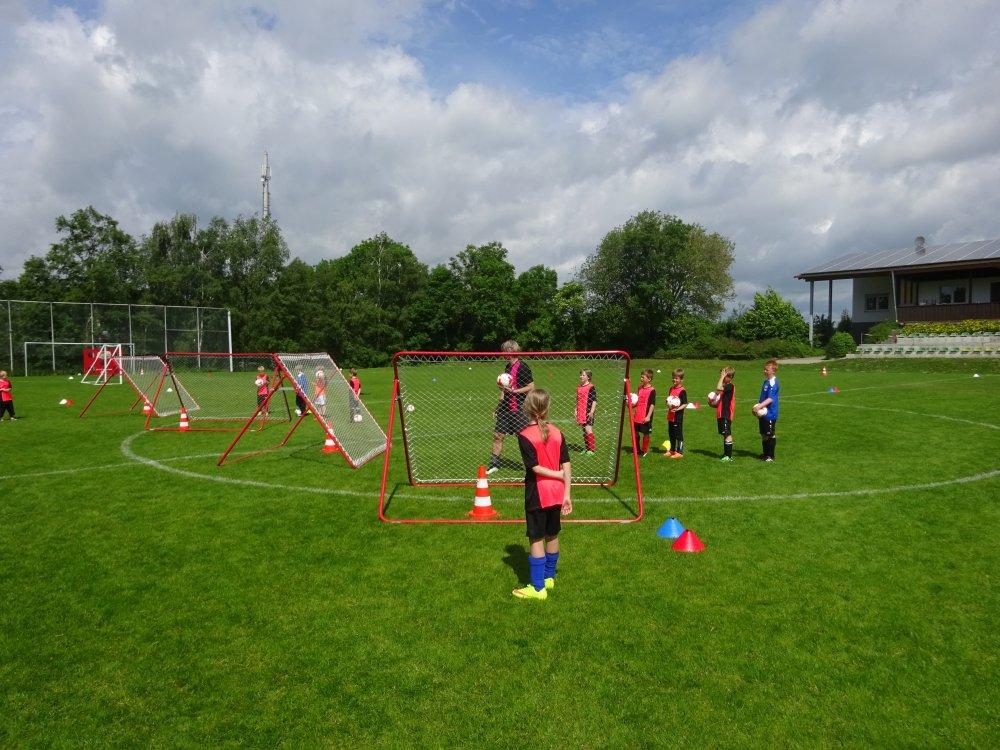 20150601_FussballFerienCamp_Bermaringen_038