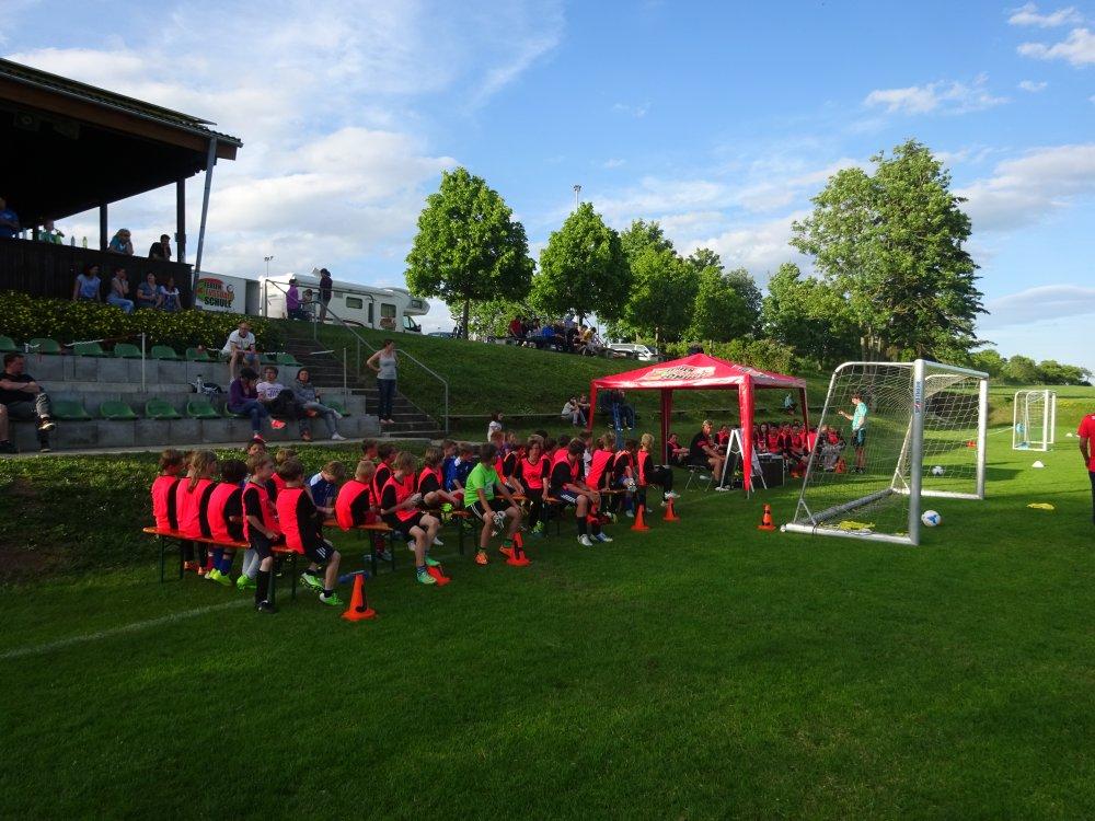 20150601_FussballFerienCamp_Bermaringen_043