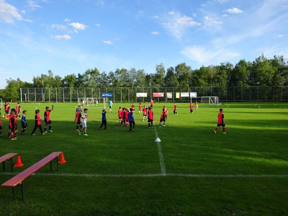 20150601_FussballFerienCamp_Bermaringen_044