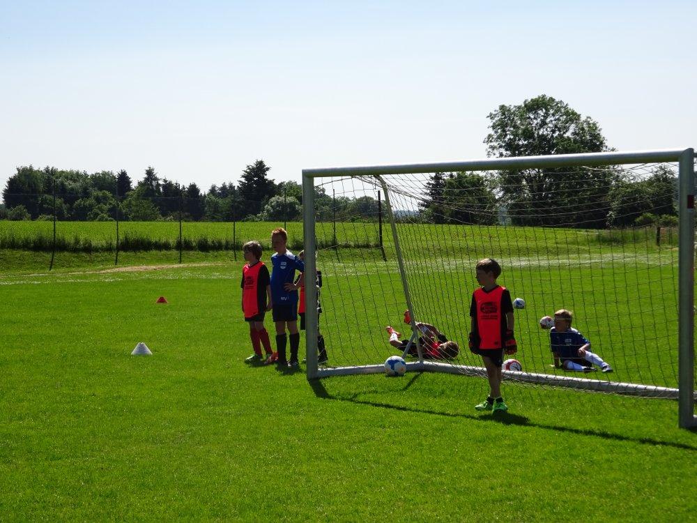 20150601_FussballFerienCamp_Bermaringen_067