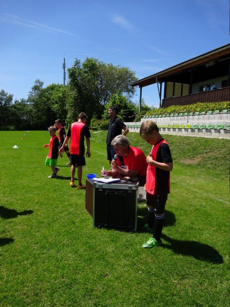 20150601_FussballFerienCamp_Bermaringen_073
