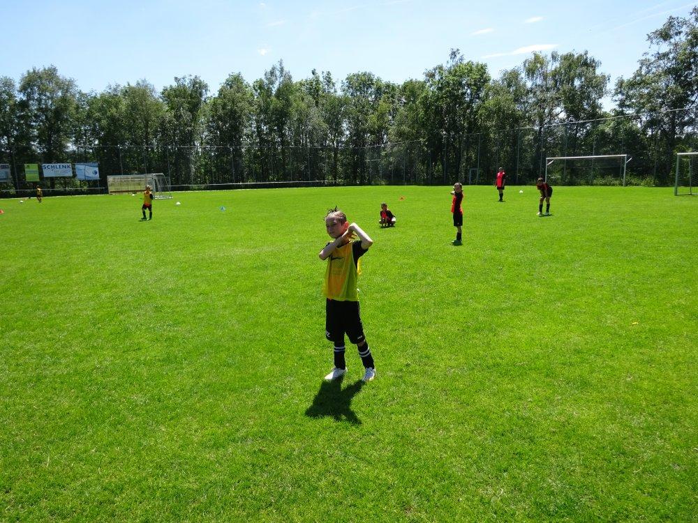 20150601_FussballFerienCamp_Bermaringen_075