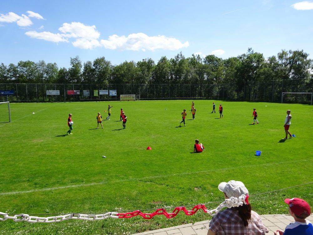 20150601_FussballFerienCamp_Bermaringen_079