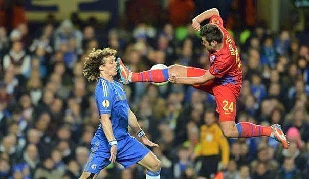 Spassbilder-Fussball-foul-lustig